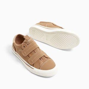 Zara boys hook and loop sneakers